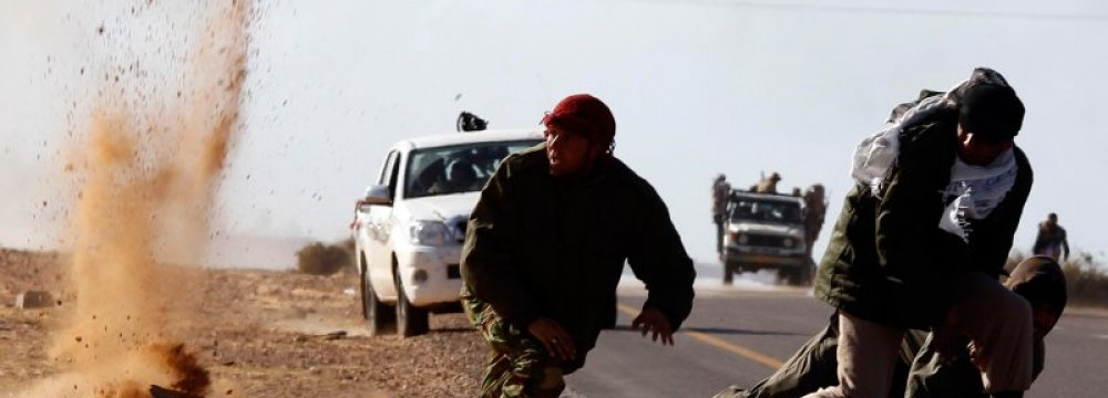 IS Advances Endanger Libya Talks