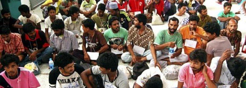 1,018 Rohingya, Bangladeshi Migrants Detained