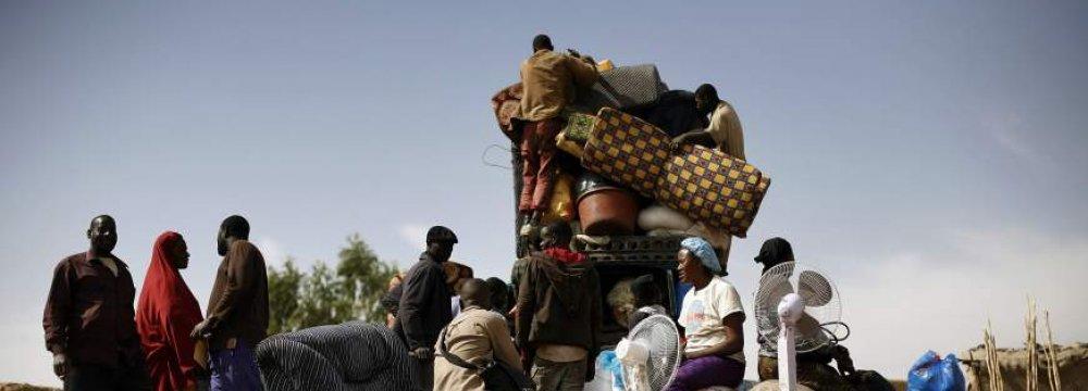 60,000 Flee Mali Fighting