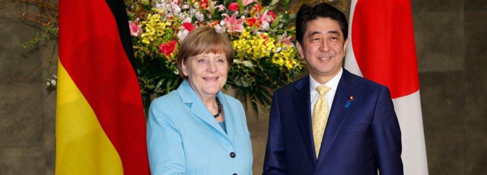 Merkel Reminds Japan to Face Wartime Past