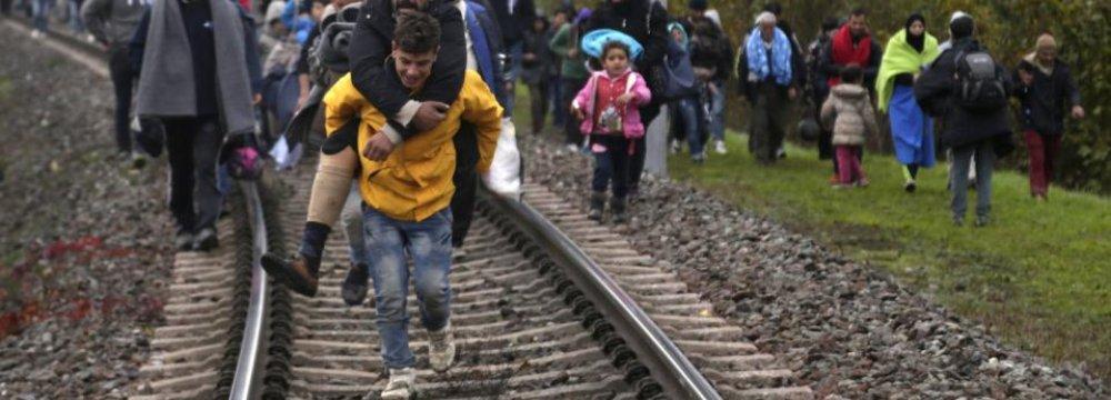 UN Experts: Force Won't Stop Migrants