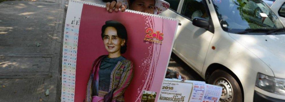 World Leaders Laud Myanmar Election