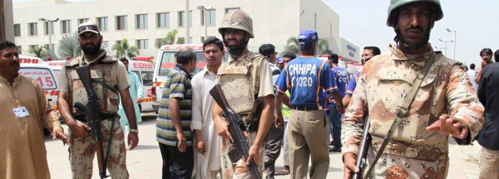 Dozens of Shiites Killed in Karachi, Baghdad