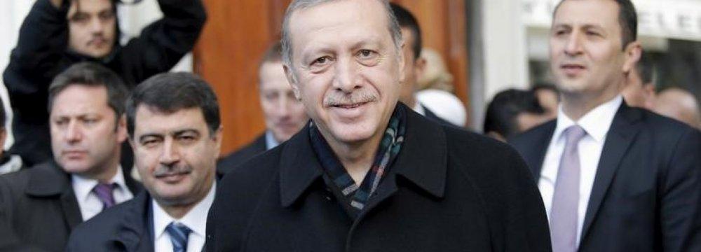 Erdogan Calls for New Constitution