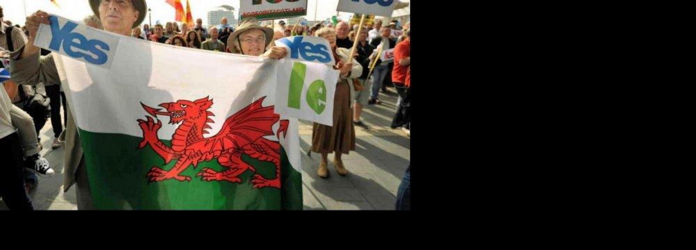Scotland Independence Vote Sparks Debate in Wales