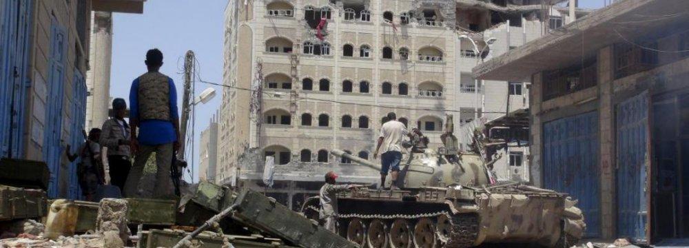 Saudi-led Airstrikes Hit Yemen's Aden After Truce Expires