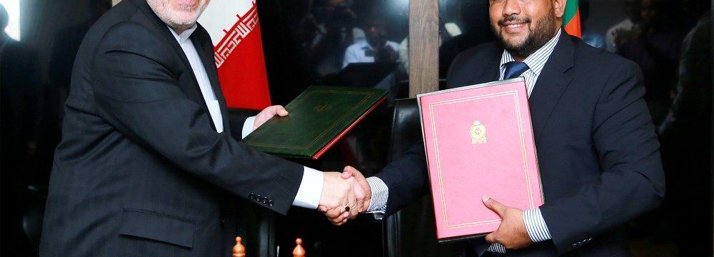 Tehran, Colombo Hold Trade Talks