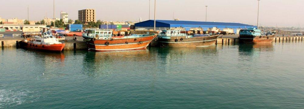 Bandar Lengeh Non-Oil Exports Up 12%