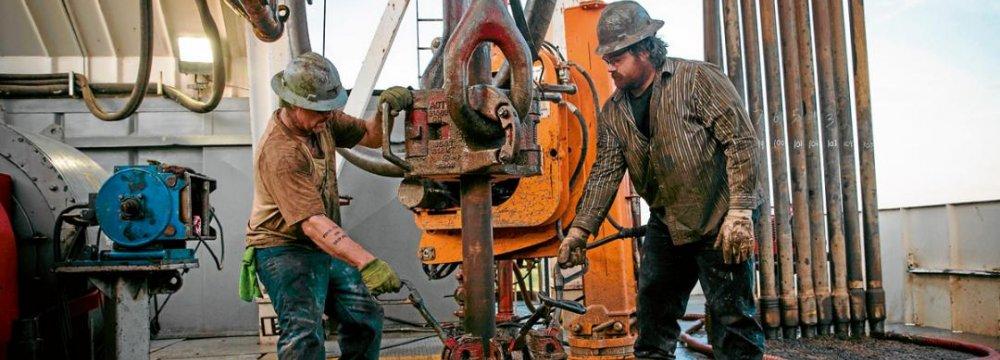 Moscow Downplays Low-Price Saudi Oil