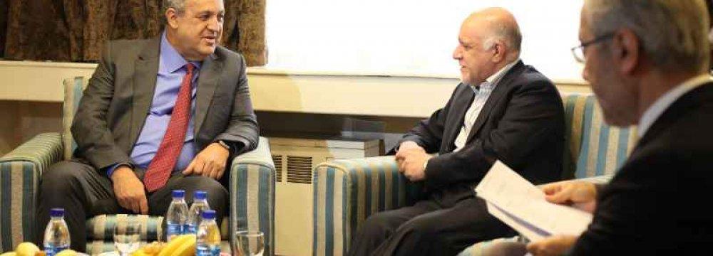 Venezuelan Oil Minister Due in Tehran