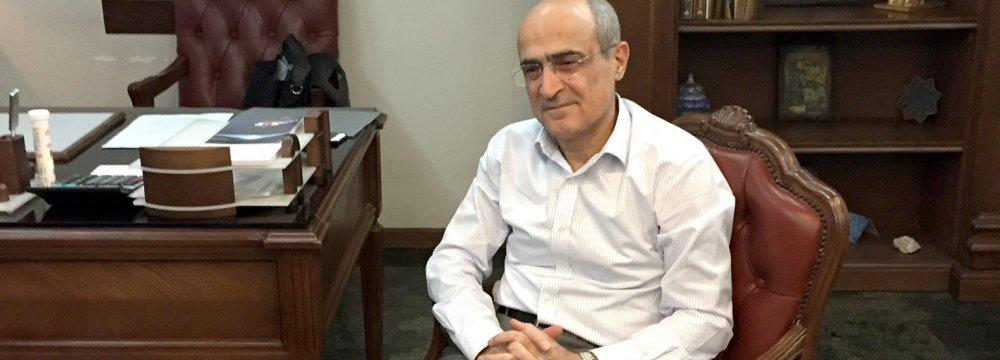 Lender Says to Rejoin Global Banking