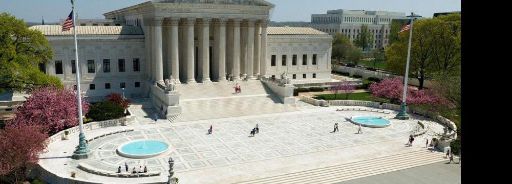 US Chief Justice Censures Congress in Iran Case