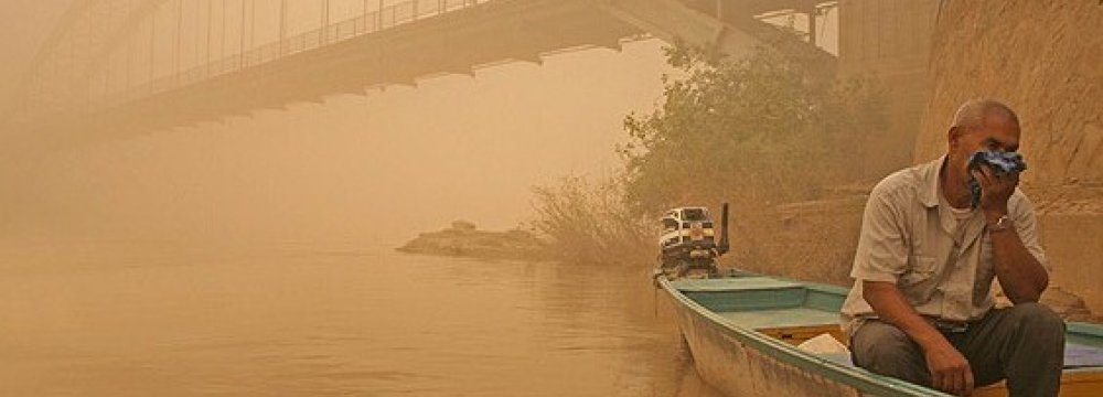 Top Officials to Visit Iraq on Ahvaz Air Pollution
