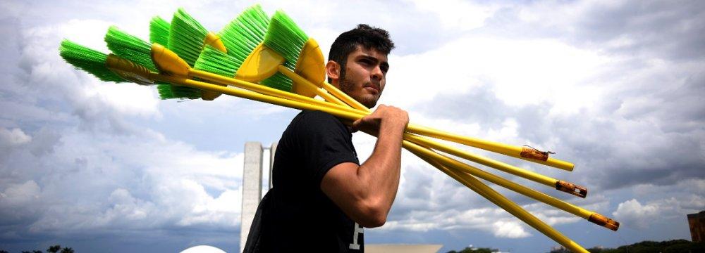 Men Good at Dodging Housework