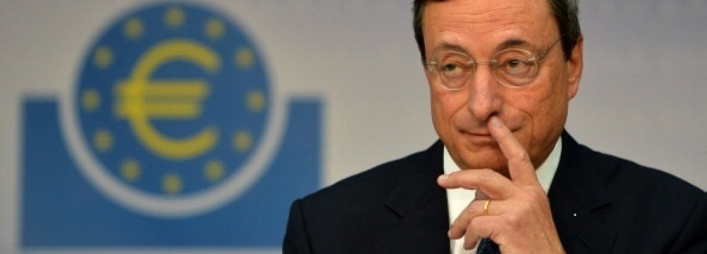 Draghi Comments Send Euro Tumbling to 4.5-Year Low