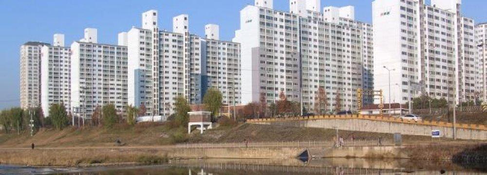 Surging S. Korea Household Debts Threaten Economy