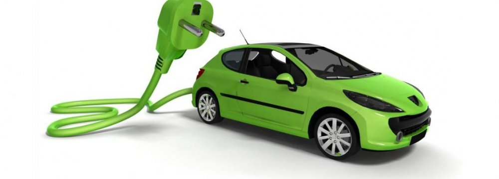 Japan Urged to Help Produce Green Cars