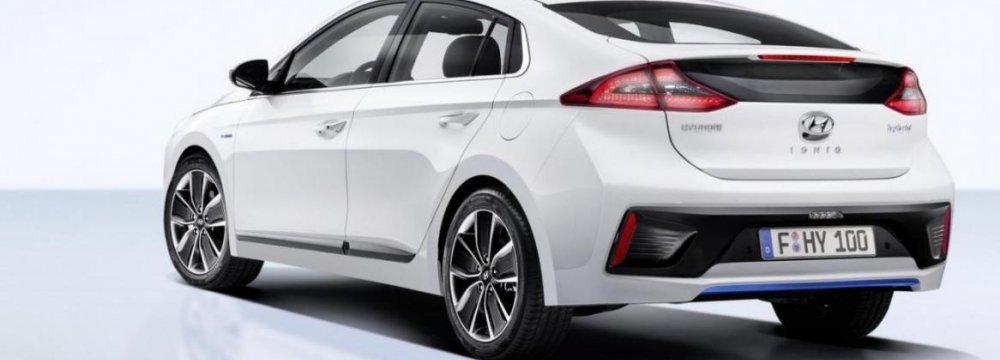 Hyundai Unveils Unique Hybrid