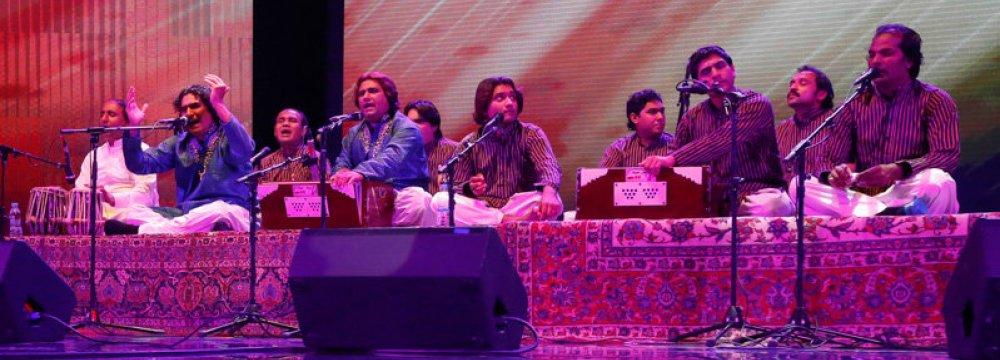 Pakistani Qawwals Perform at Milad
