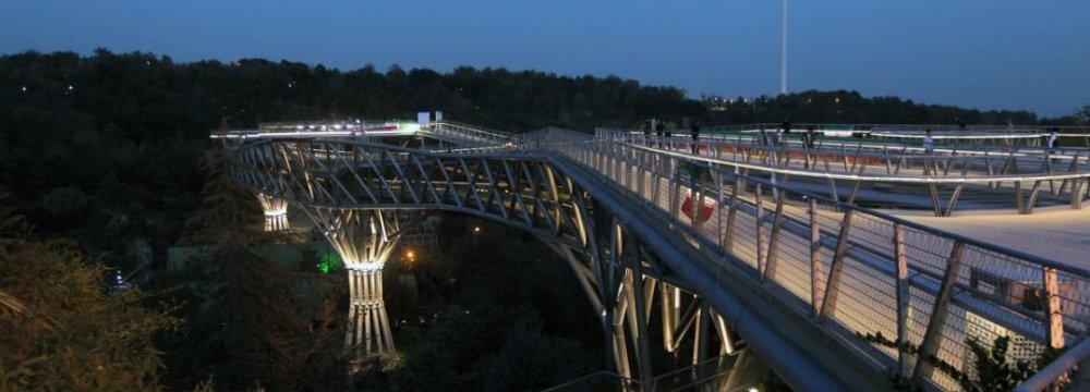 Tehran's 'Nature Bridge,' a Stolen Idea?