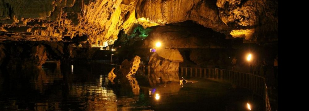 Tourists Pose Risk to Caves