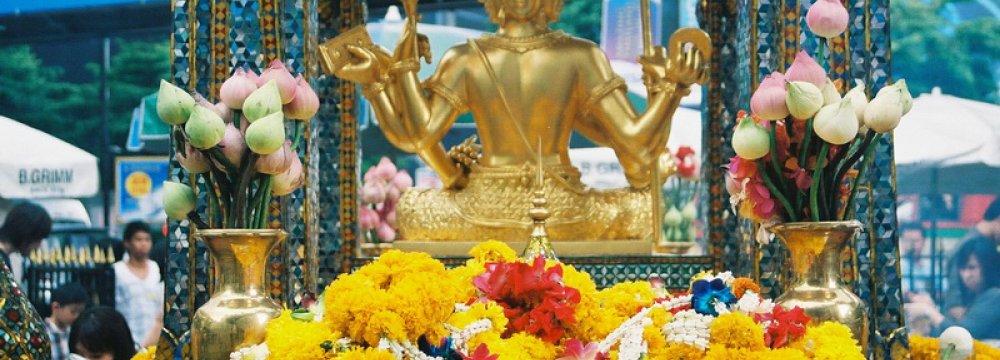 Bangkok Blasts Cost Thai Tourism $1.8b