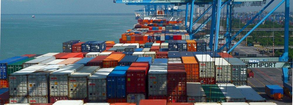 Malaysia Records Trade Surplus