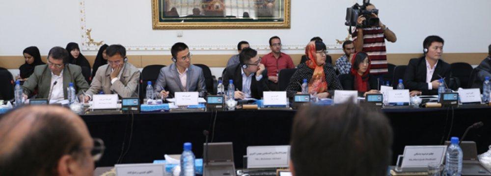 Iran, China Seek to Widen Scope of Information Exchange