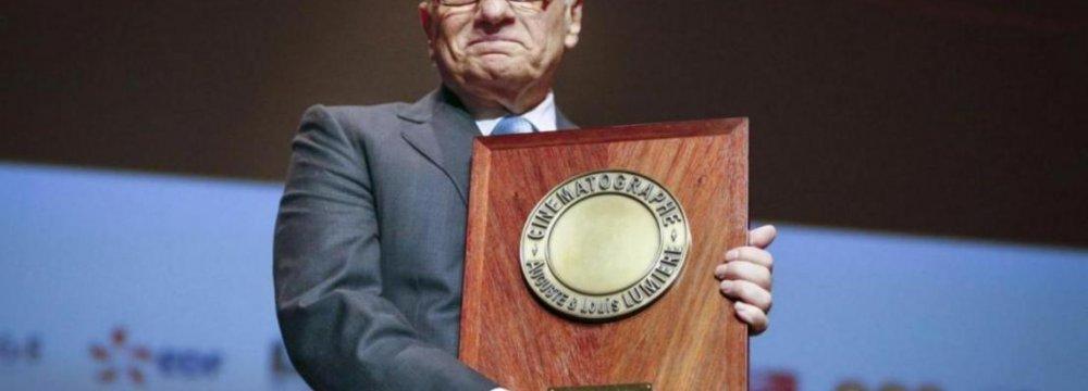 Kiarostami Attends Scorsese's Lumiere Prize Ceremony