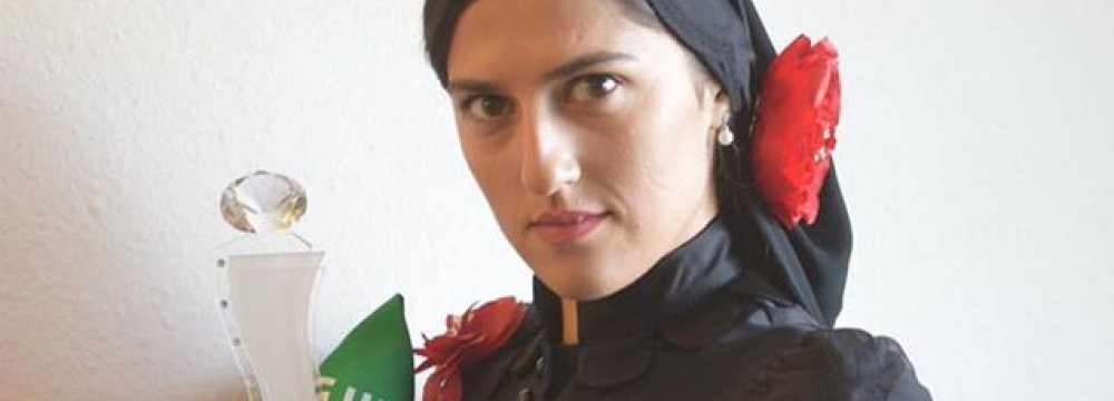 Iranian Stunt Woman Wins US Crystal Award