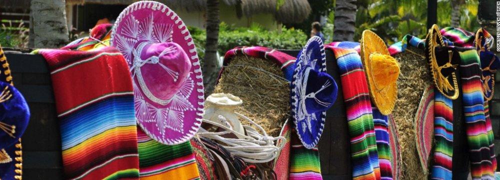 Mexico Hosts 39 Million Tourists, Earns $21 Billion