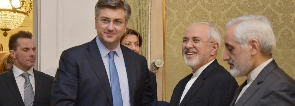 Zarif, Croatian Officials Discuss Ties