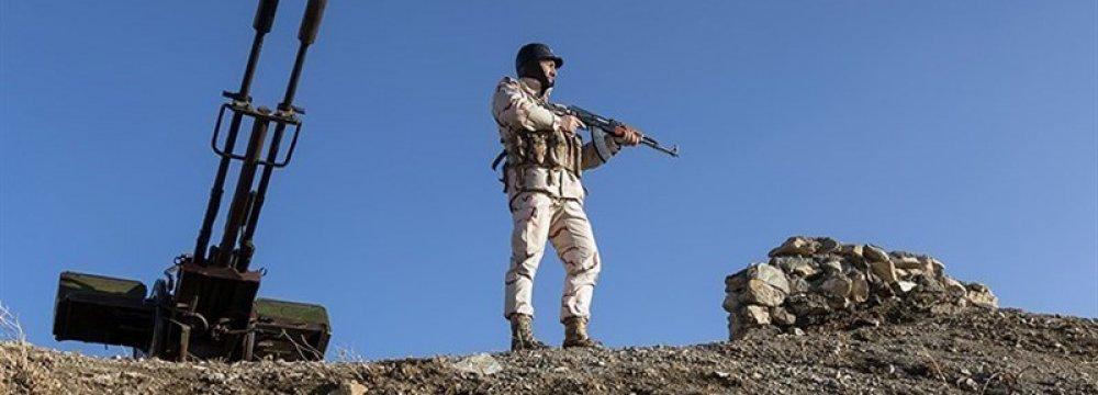 IRGC Smashes Terrorist Cell in NW, Killing 10 Militants
