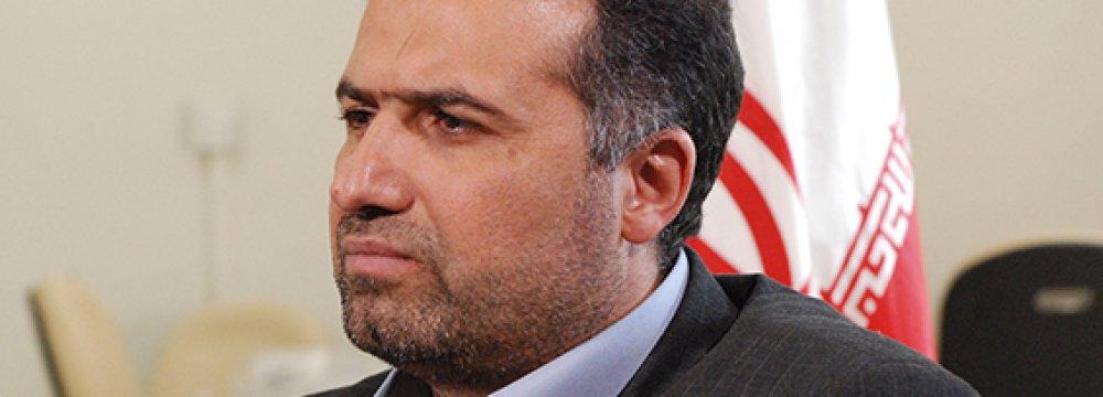 Reformists Eye Control of  Majlis Presiding Board