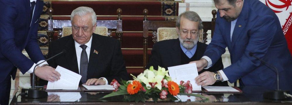 Tehran, Minsk Sign Parliamentary MoU