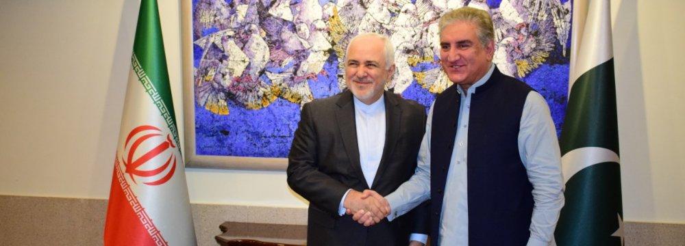 Zarif in Pakistan for Talks Amid Rising Regional Tensions