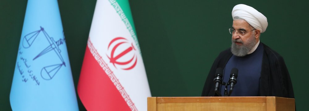 Rouhani Pledges to Name Young Cabinet