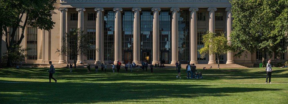 US Granting Fewer Visas to Iranian Students