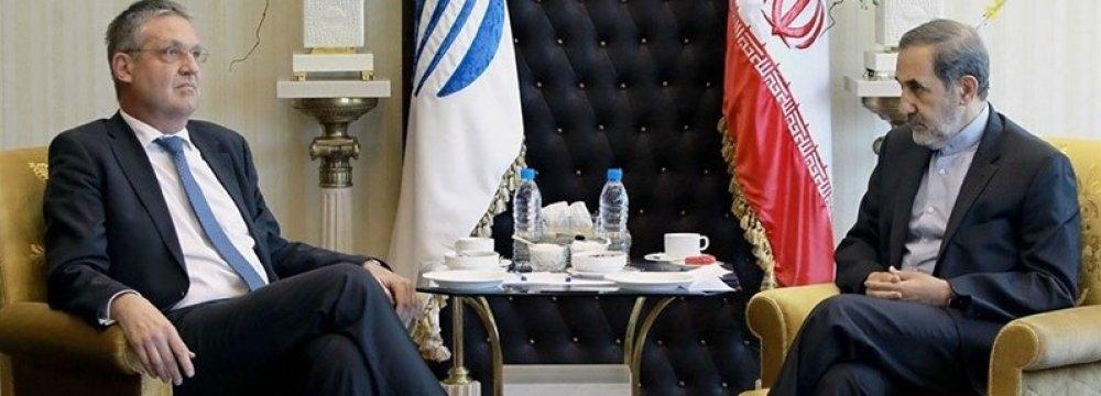 Tehran Backs Syria, Iraq to Ensure Regional Stability