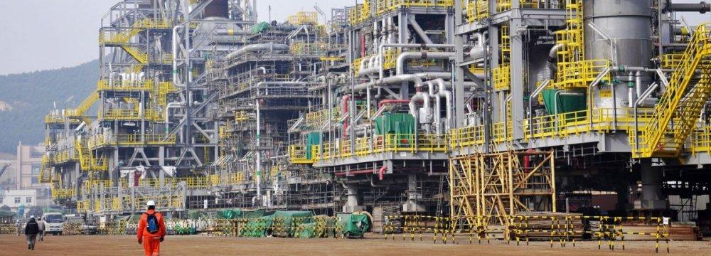 China Crude Inventory Shrinking