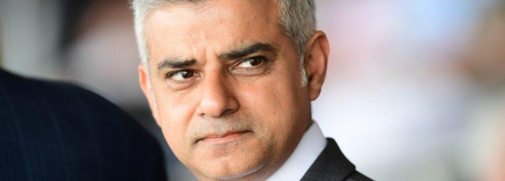 Trump Cancels London Visit