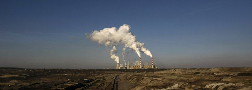 EU Agrees to Cut Emissions to Zero by 2050
