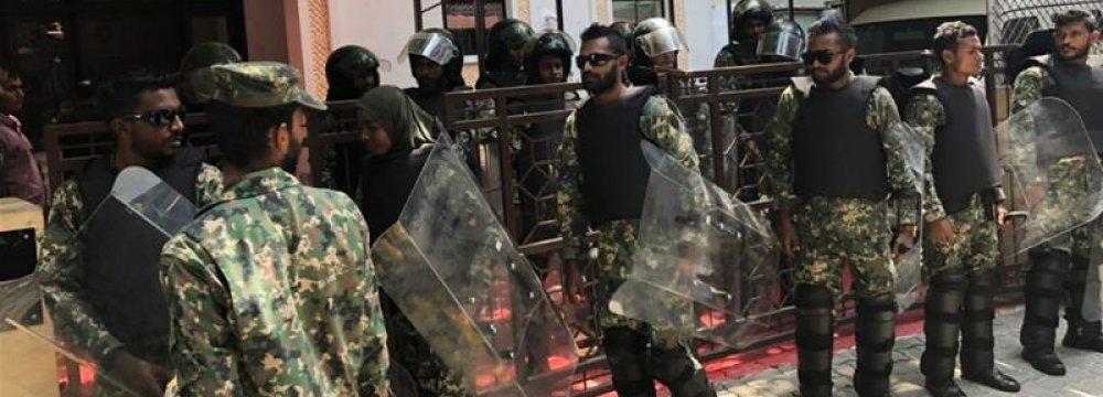 Maldives Army Seals Off Parliament, Arrests Lawmakers