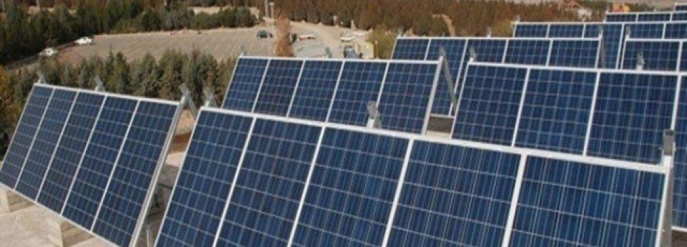 Six Power Projects Come Online in Kerman, Yazd