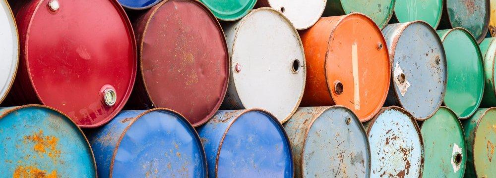 WTI Leads Losses on Storage Fears