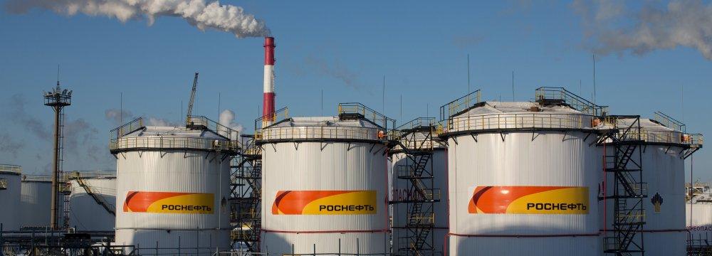 Putin Says Russia, Saudis Will Extend OPEC+ Oil Pact
