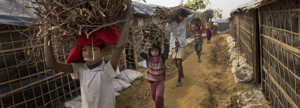 Bangladesh, Myanmar Aim to  Finish Rohingya Return in 2 Years