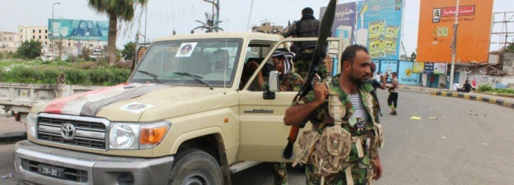 Yemen Separatists Surround Aden Presidential Palace