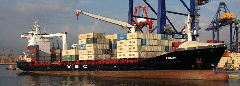 Iran's Trade Balance Improves Tremendously Under Rouhani