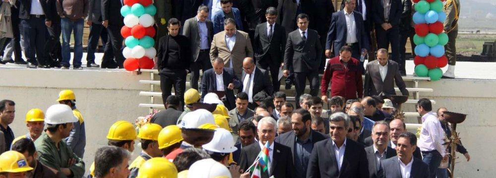 Tehran, Baku Team Up as Rail Infrastructure Expands